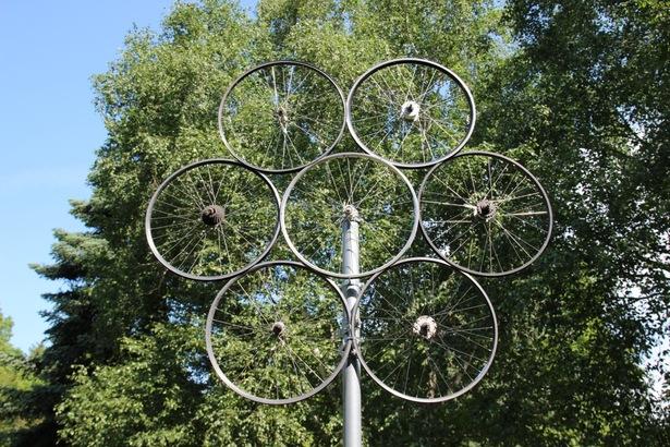 Neue Skulpuren im Schlosspark Stammheim