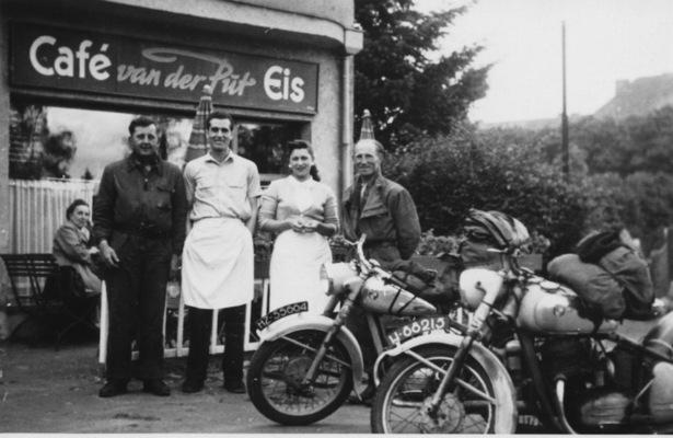 Eiscafé Van der Put am Südfriedhof