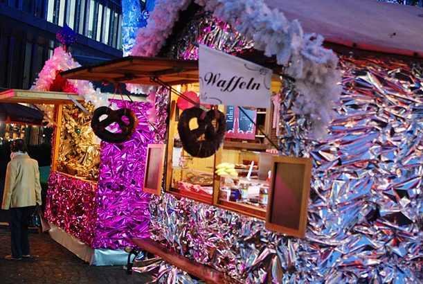 Pinker Weihnachtsmarkt.Koln Bekommt Ersten Schwulen Weihnachtsmarkt Koeln De