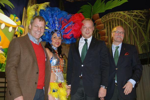Bühnenbild des Gürzenichs im Karneval 2013