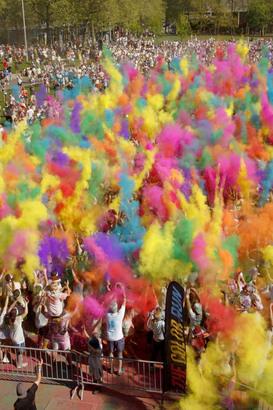 So bunt wird der Color Run