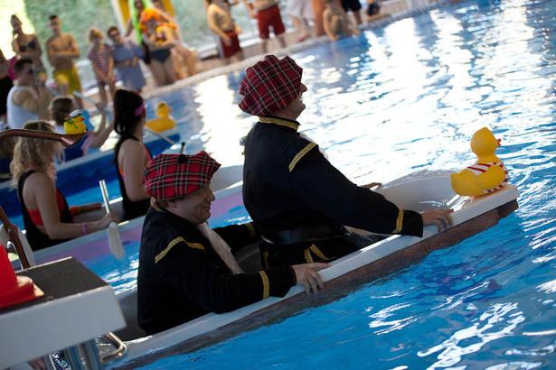 Impressionen vom Badewannenrennen