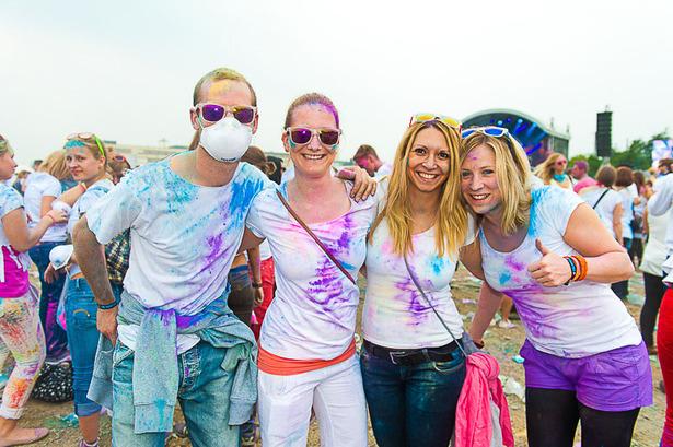 Holi Festival in Köln 2013