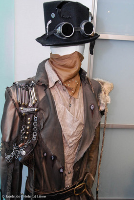 Western Und Steampunk Kostüme Im Retro Future Look Koelnde