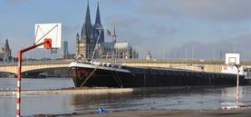 Niedrig- und Hochwasser, extreme Pegelstände des Rheins in Köln