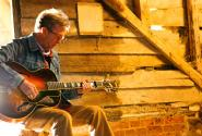 Eric-Clapton_c_Dave-Kaplan-1_565.jpg