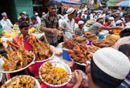 street-food_dhaka_imago64905698_zuma-press_225.jpg