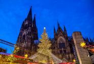 weihnachtsmarkt-Koelner-Dom-12_fm_1000.jpg