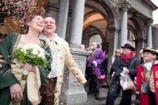 Hochzeitspaar_Koeln-imago0059738405-epd.jpg