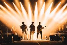 Jonas-Brothers2019-01_press_1200.jpg