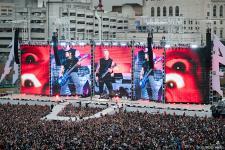 Metallica2018_RossHalfin_1200.jpg