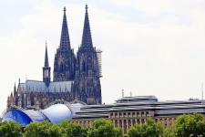 cologne-cathedral-1509412_pixabay_1920.jpg