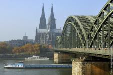 koeln-altstadt_imago58631502_sepp-spiegl_600.jpg