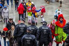 polizei-karneval-imago-225.jpg