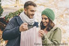 shopping-koeln-weihnachten-1_imago69752789_westend61_225x150.jpg