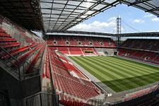 stadion_westtribuene_03_225.jpg