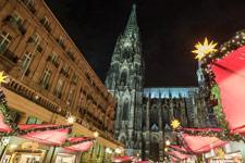 weihnachtsmarkt-koeln_imago74868261_manngold_225x150.jpg