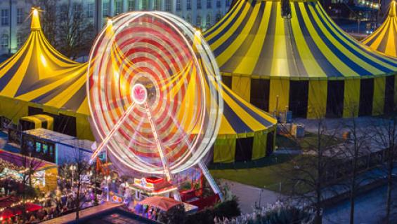 Circus_Flic_Flac_2015_Koeln_Imago_Imagebroker_565.jpg