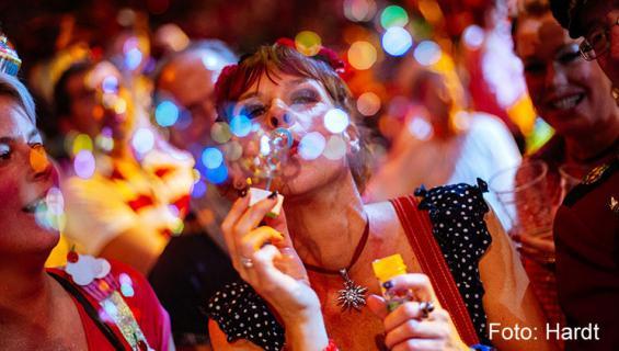 Karneval_Partys_Uebersicht_Hardt_800_421.jpg