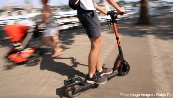 escooter-imago92460994-1200.jpg