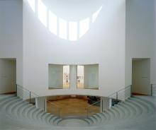 Kunstmuseum Bonn Moderne auch beim Gebäude (Foto:Reni Hansen)