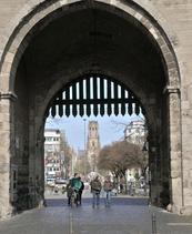 Am Tag des offenen Denkmals werden Führungen durch die Eigelsteintorburg angeboten. Foto: Bilderbuch Köln