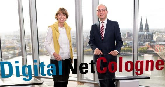 """Oberbürgermeisterin Henriette Reker und NetCologne-Geschäftsführer Timo von Lepel stellten das Projekt """"DigitalNetCologne"""" vor."""