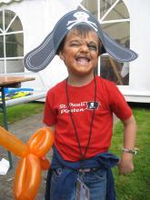 Piratenkostüme und eine passende Schminke gibt es beim großen Kinder-Piratenfest. (Foto: Public Cologne)