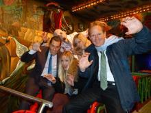 Herbert Geiss, Hanna Hansen und Stefan Löcher gruseln mit den Zombies um die Wette (Foto: Cora Finner)