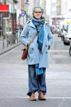 Mut zur Farbe: Für die Schauspielerin Marie-Joëlle ist das Leben bunt genug, um alles einmal auszuprobieren. (Foto: Smilla Dankert)