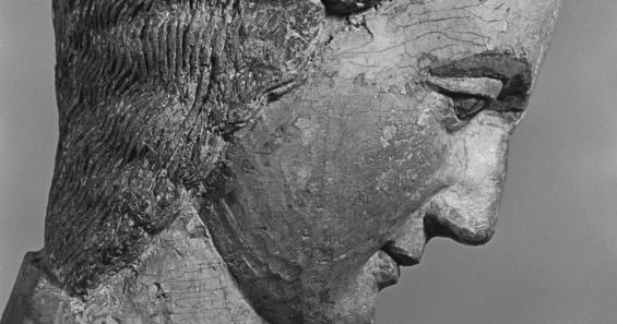 Thronende Muttergottes (Aachener Madonna), Köln (?), um 1230, Museum Schnütgen, fotografiert von Alfred Tritschler 1948 © Dr. Paul Wolff & Tritschler, Historisches Bildarchiv, Offenburg