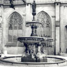 Der Petrusbrunnen (1987) Foto: Dr. Ulrich Krings
