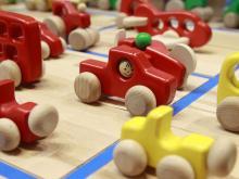 Welches Spielzeug ist für Kinder gut geeignet? Foto: dapd
