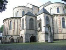 In St. Maria im Kapitol findet am 8. Juli zum Abschluss die Romanische Nacht statt.