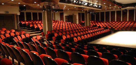 Theater Am Dom In Köln
