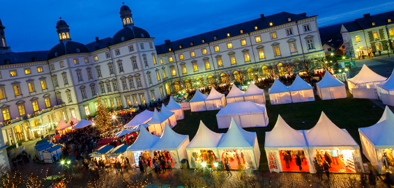 Bergisch Gladbach Weihnachtsmarkt.Weihnachtsmarkt Auf Schloss Bensberg Bergisch Gladbach 2016 Koeln De