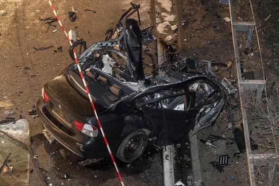 Bei einem Unfall mit einem Falschfahrer nahe Rheinbach starb ein Mensch. Foto: dapd