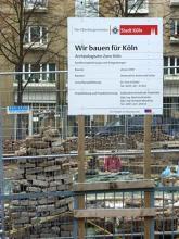 Wühlen im Kölner Untergrund: Die Bauarbeiten zur Archäologische Zone. (Foto: Helmut Löwe)
