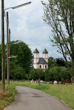 St. Amandus in Rheinkassel: Eine spätromanische Kirche. (Foto: Steffi Machnik)