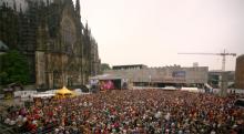 Wie bereits zum Bandjubiläum BAP plant Open-Air Konzert am Dom (Foto: ddp)