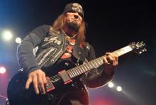 Nick Catanese: der zweite Gitarrist im Black-Label-Society-Boot. (Foto: Helmut Löwe)