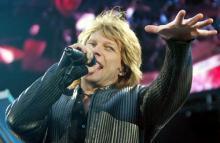 Bon Jovi geben ein Konzert im kleinen Kreis. (Foto:ddp)