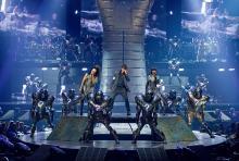 """""""Michael Jackson - The Immortal"""": die Artistik des Cirque du Soleil und die Musik Michael Jacksons."""