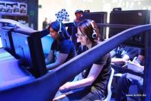 Die Gamescom 2009: Zahlreiche Konsolen lockten die Besucher. (Foto: Christian Rentrop)