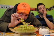 Flozze (li.) und Pensen: Als Das Pock rockt sich das Duo quer durch die Musikstile. (Foto: Helmut Löwe)