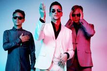 Depeche Mode: Martin Gore, Dave Gahan und Andy Fletcher (v.l.n.r.) ziehen die Fans 2013 in riesige Stadien.