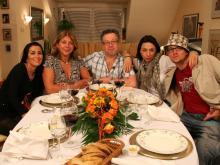 Fünf Tage, fünf Köche und 1500 Euro Preisgeld: Zwischen dem 20. und dem 24. Juni kochen diese fünf Kölner um die Wette. (Foto: VOX)