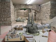 Modell und Ausgrabungen unter dem Dom