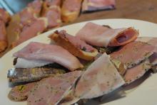Gute Küche auf gut kölsch: herzhaftes mit Brot. (Foto: Helmut Löwe)