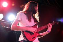 James Monteith, Gitarrist der Djenthelden Tesseract. (Foto: Helmut Löwe)